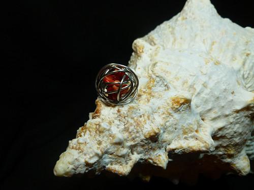 Přívěsek z chir.oceli – koule