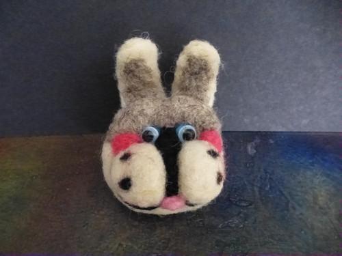 králík - brož