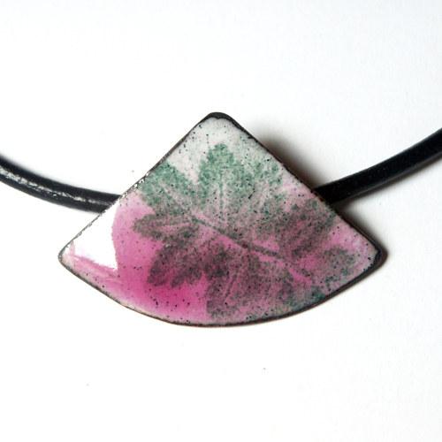 Růžový II - smaltovaný náhrdelník