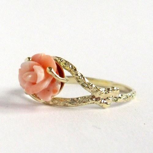 Slezská růžička (prsten, Au 585/1000)