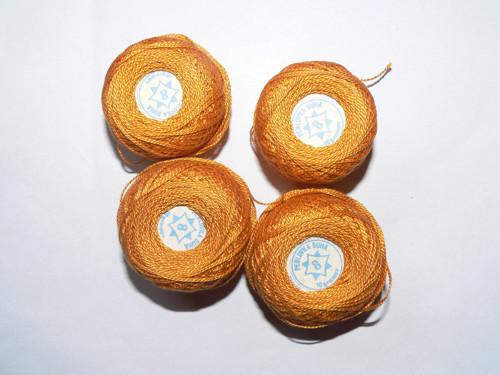 Perlovka oranžová