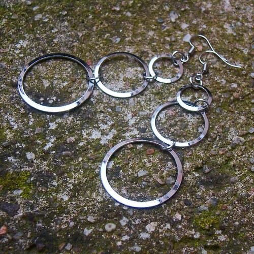 náušnice tři kroužky