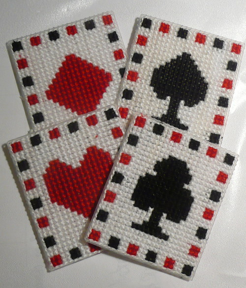 Vyšívané magnetky - 4 karty
