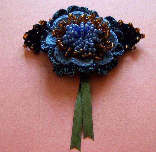 Francouzská spona Modrý květ.