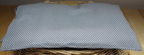 Nahřívací pohankový polštářek 45x25cm šedý puntíky
