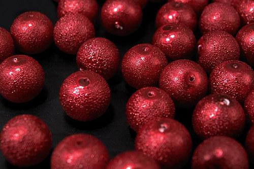 Zvrásněné perly průměr 8mm 20 ks barva červená