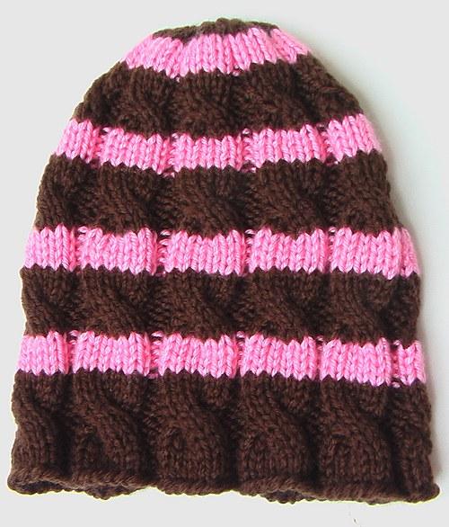 Dámská copánková pruhovaná čepice