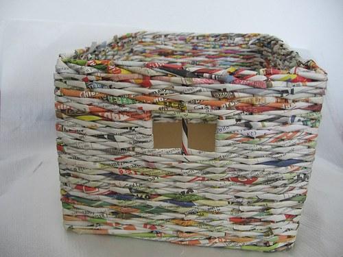 Košík z papíru bez povrchové úpravy