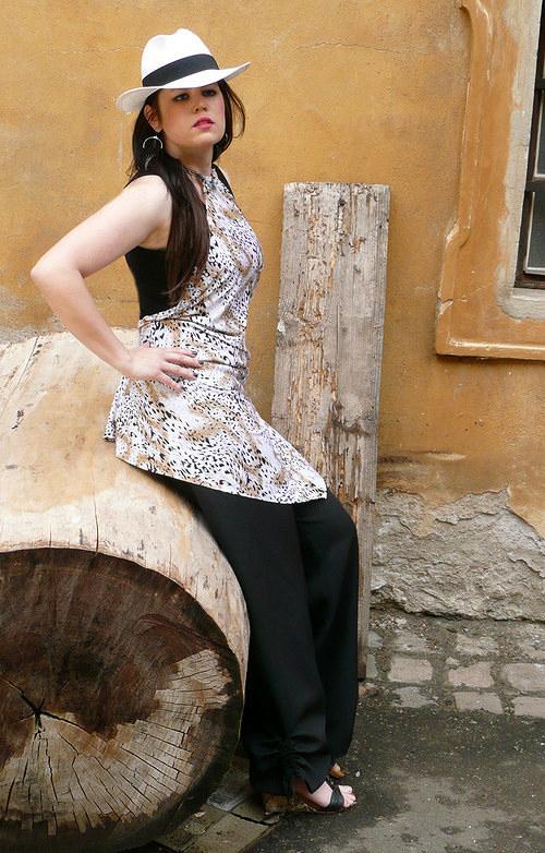 DeaDia kalhoty turecké černé dlouhé
