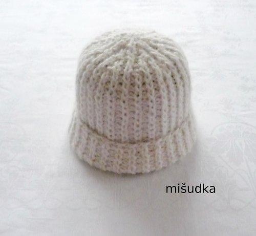Čepice jako od maminky - bílá 3.