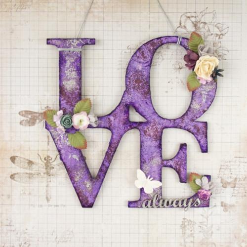 Nápis LOVE always s damaškovým ornamentom