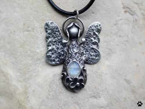 Andělka - měsíční kámen
