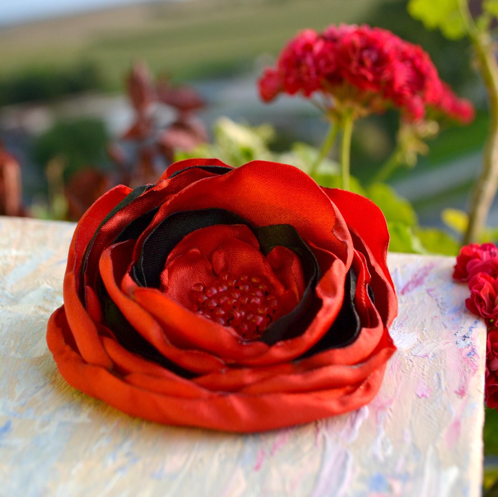 b80929b2f7e Brož i květ do vlasů Makovička   Zboží prodejce Kruchy