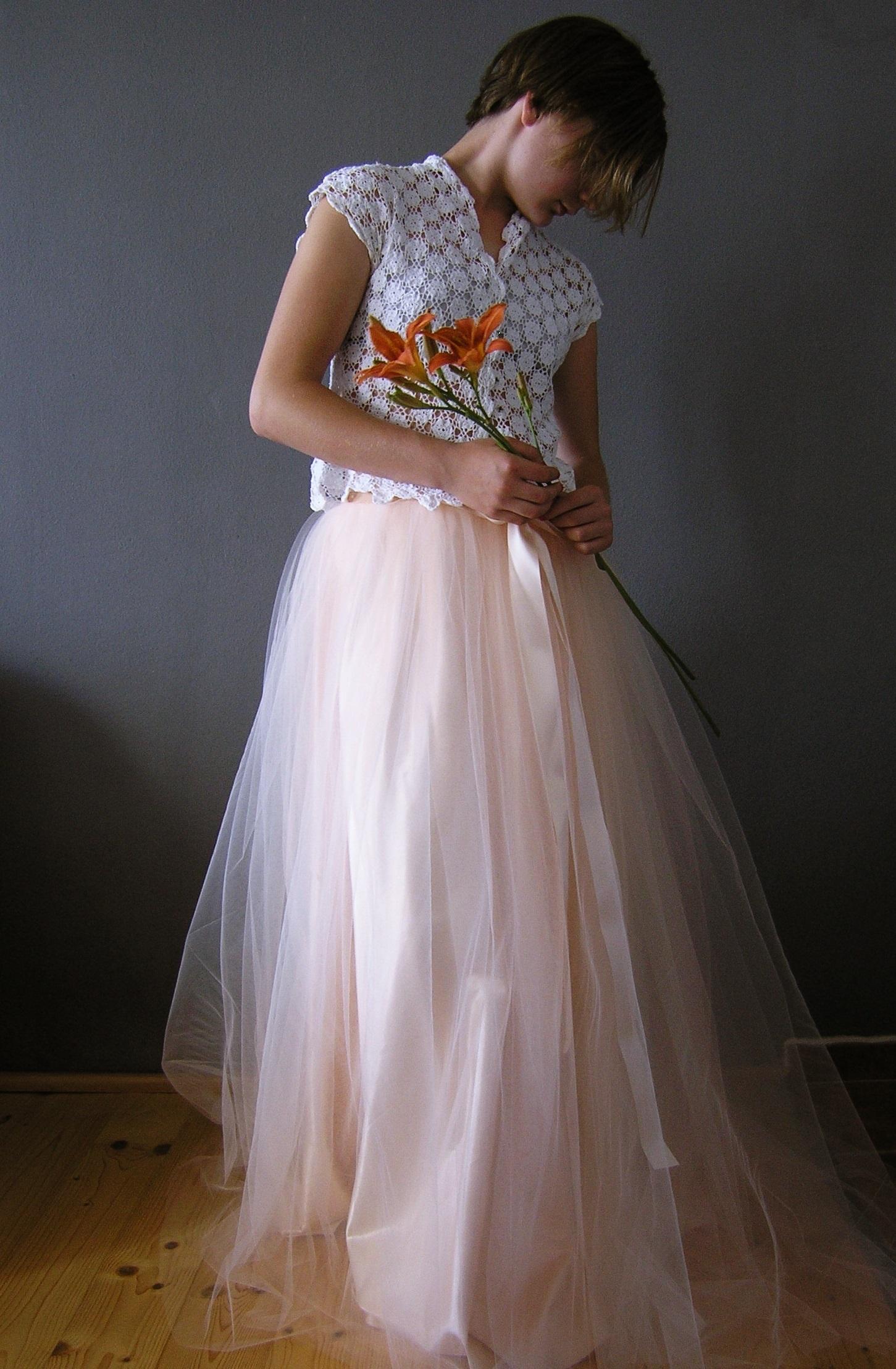 019b3058edf Svatební sukně s vlečkou champagne   Zboží prodejce ceasara