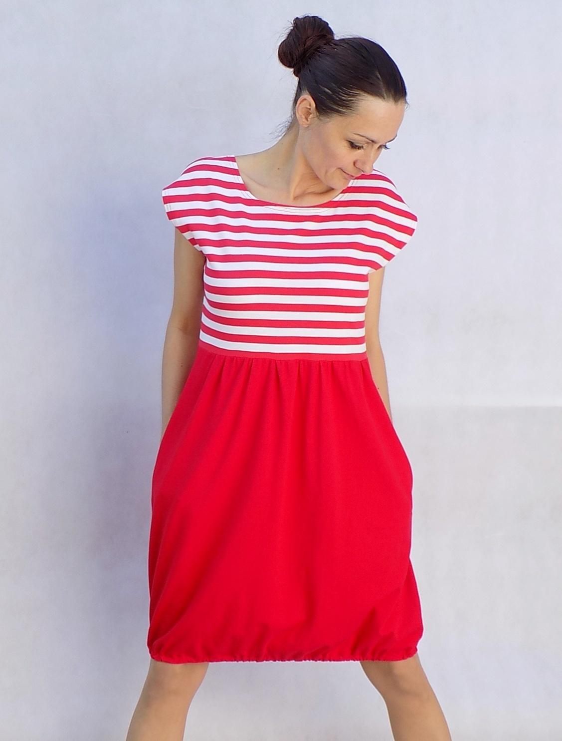 Červené šaty s proužky...vel. M   Zboží prodejce LaPanika  bf2270026d3