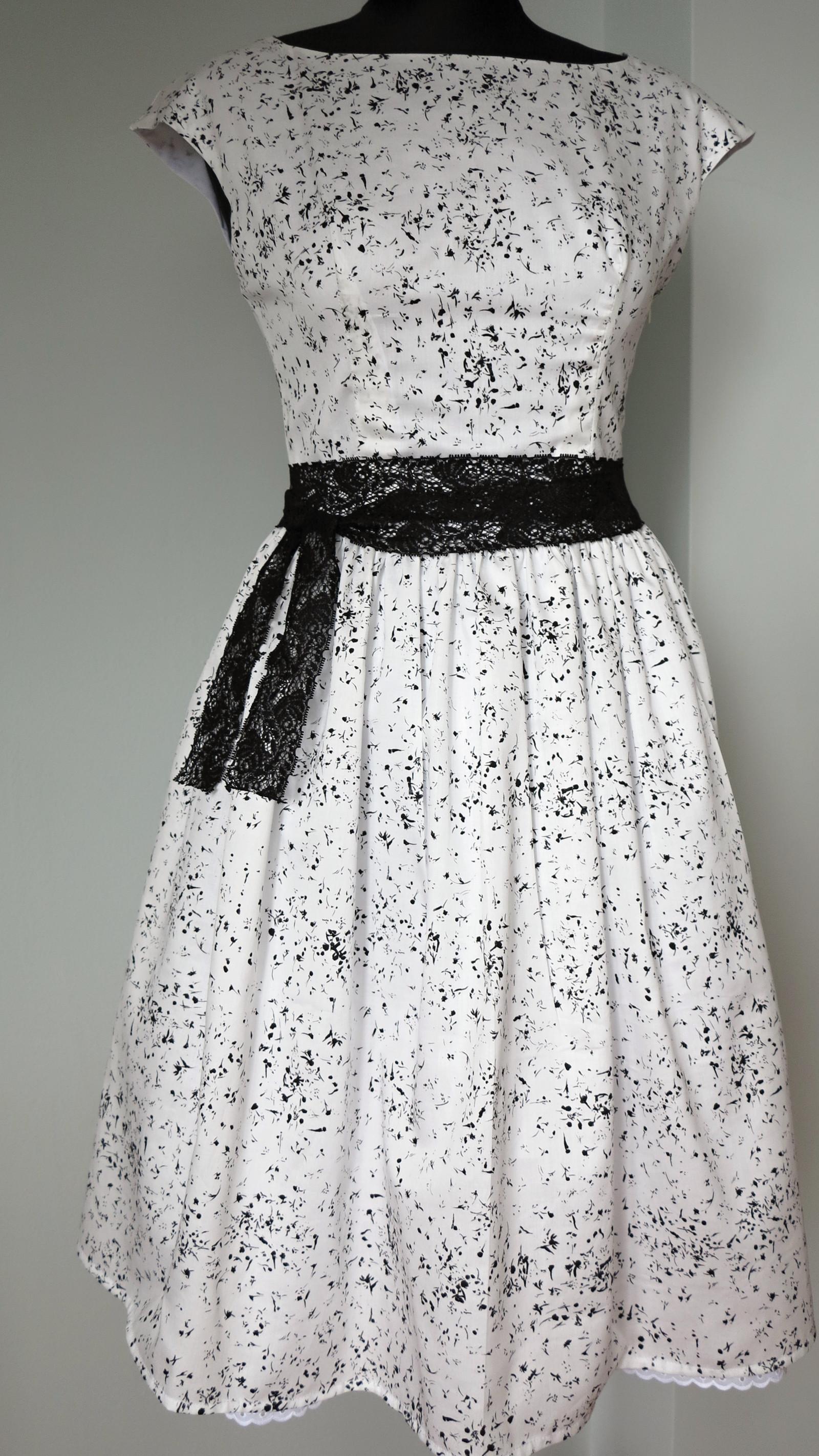 šaty + spodnička Naomi Ito Jing Jang vel na míru   Zboží prodejce ... f1f9f25a77