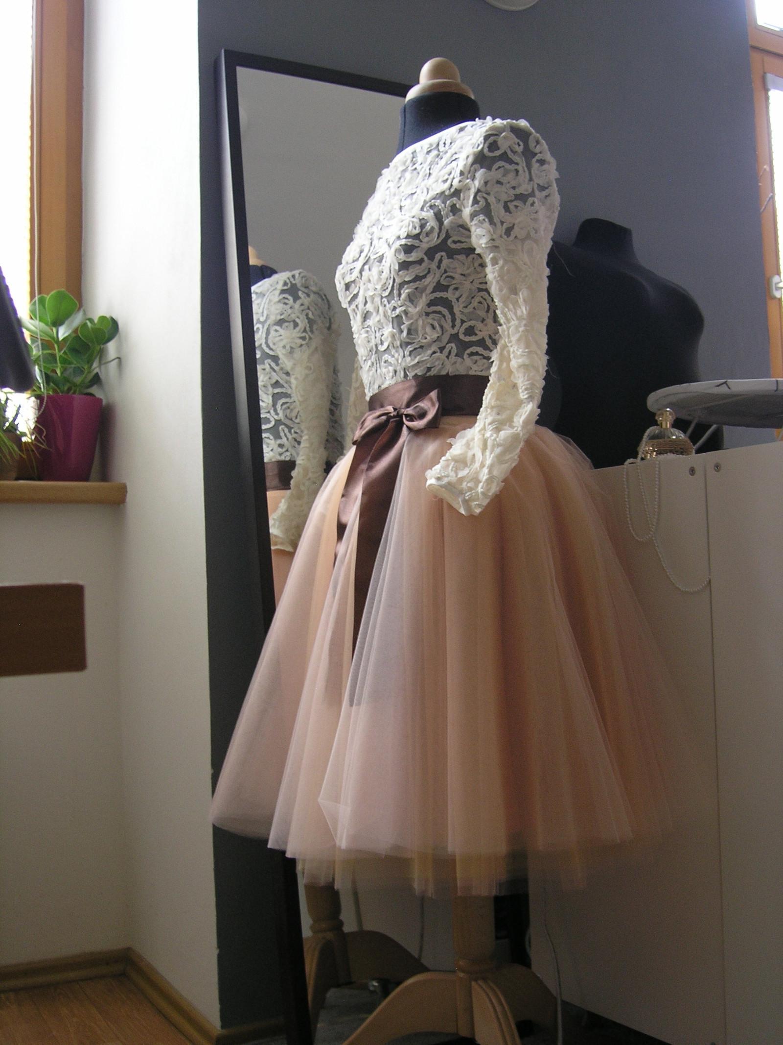 b8ee85dc6852 Champagne svatební sukně + krajkový top   Zboží prodejce ceasara ...