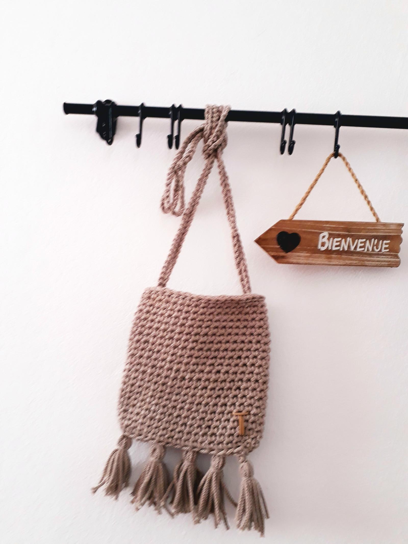 Háčkovaná malá kabelka   Zboží prodejce Made by Týna  04a4085129f