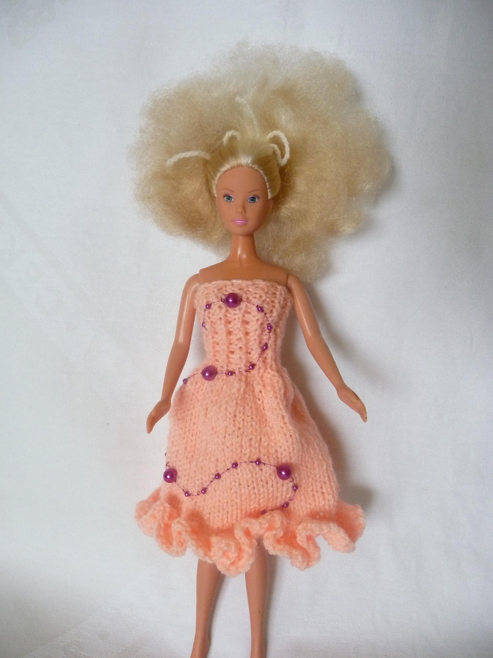 5849fcac9d Lososové šaty s perličkami   Zboží prodejce Jari P.Barbie