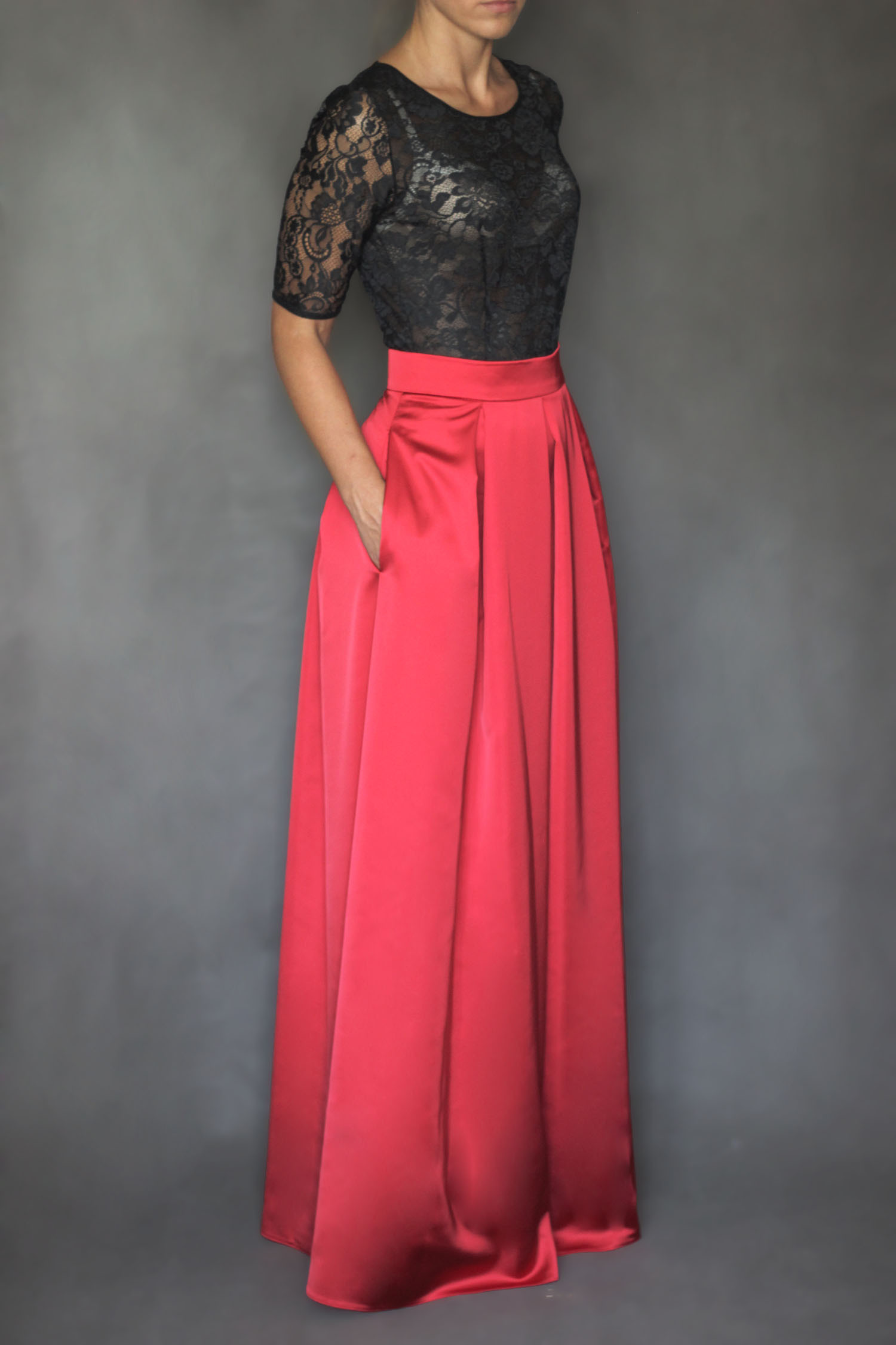 Společenská skládaná sukně s kapsami různé barvy   Zboží prodejce ... 8be270dc0f