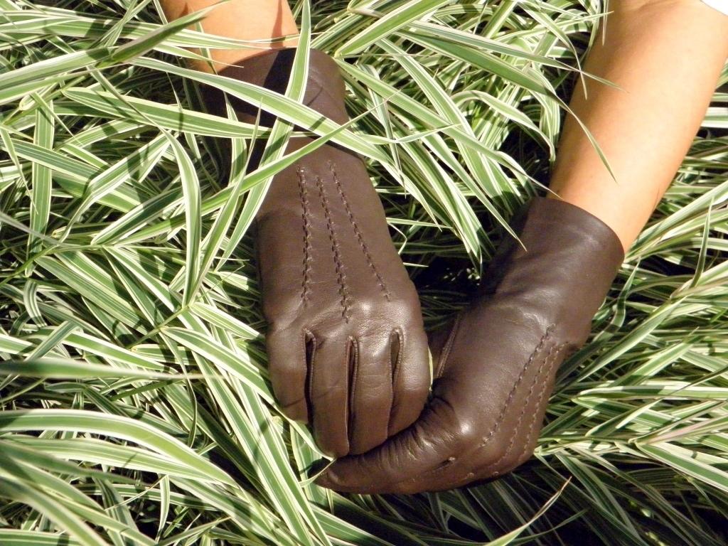 cdecca17f70 Hnědé kožené rukavice s hedvábnou podšívkou   Zboží prodejce j ...