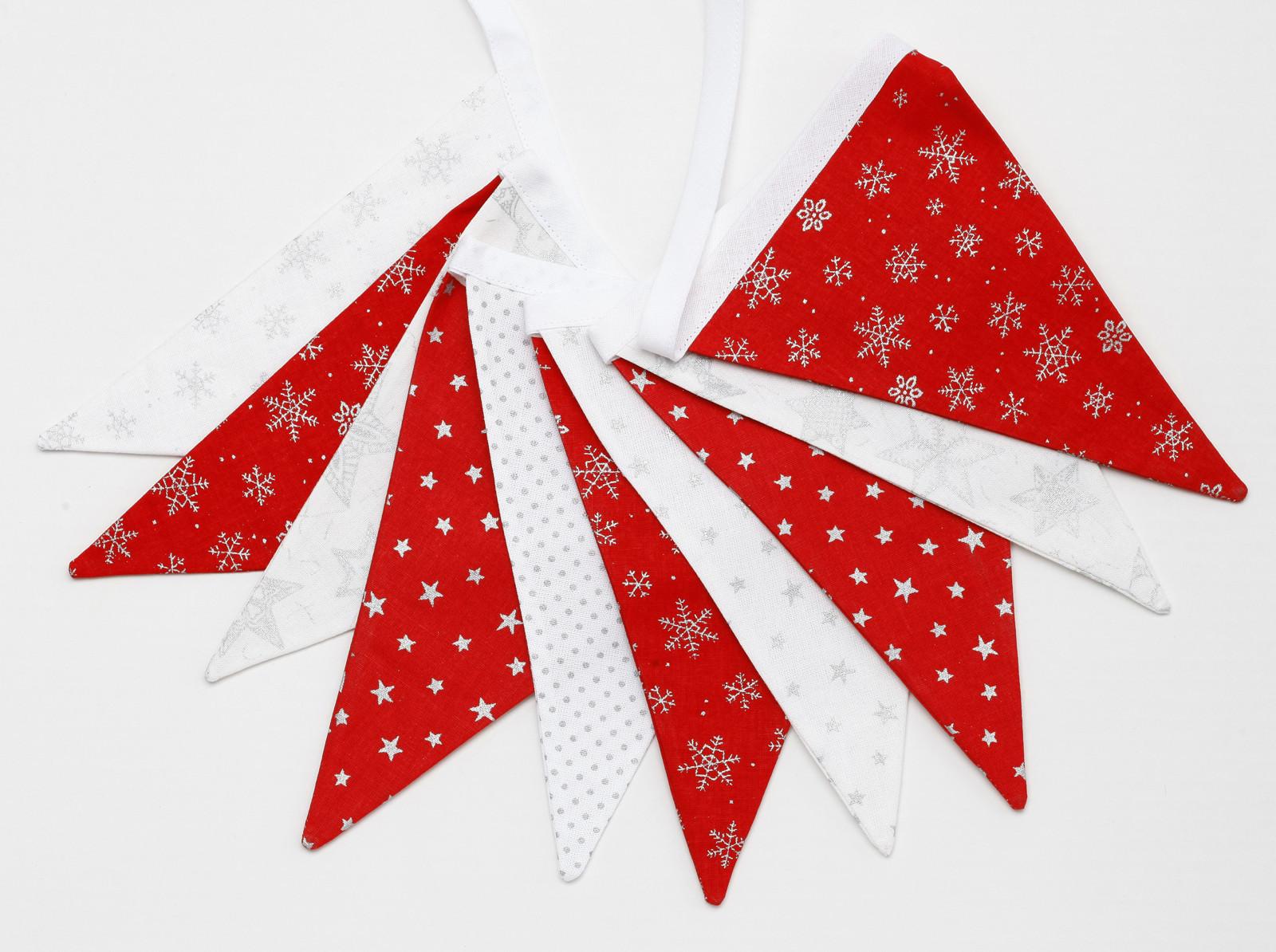 Vlaječková girlanda vánoční stříbrnočervená   Zboží prodejce Ollie ... a7c4957852