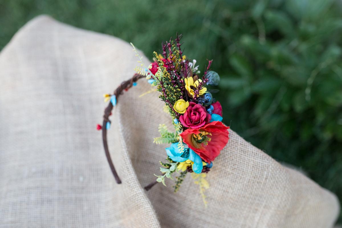 faa57e0dec3 Letní květinová čelenka