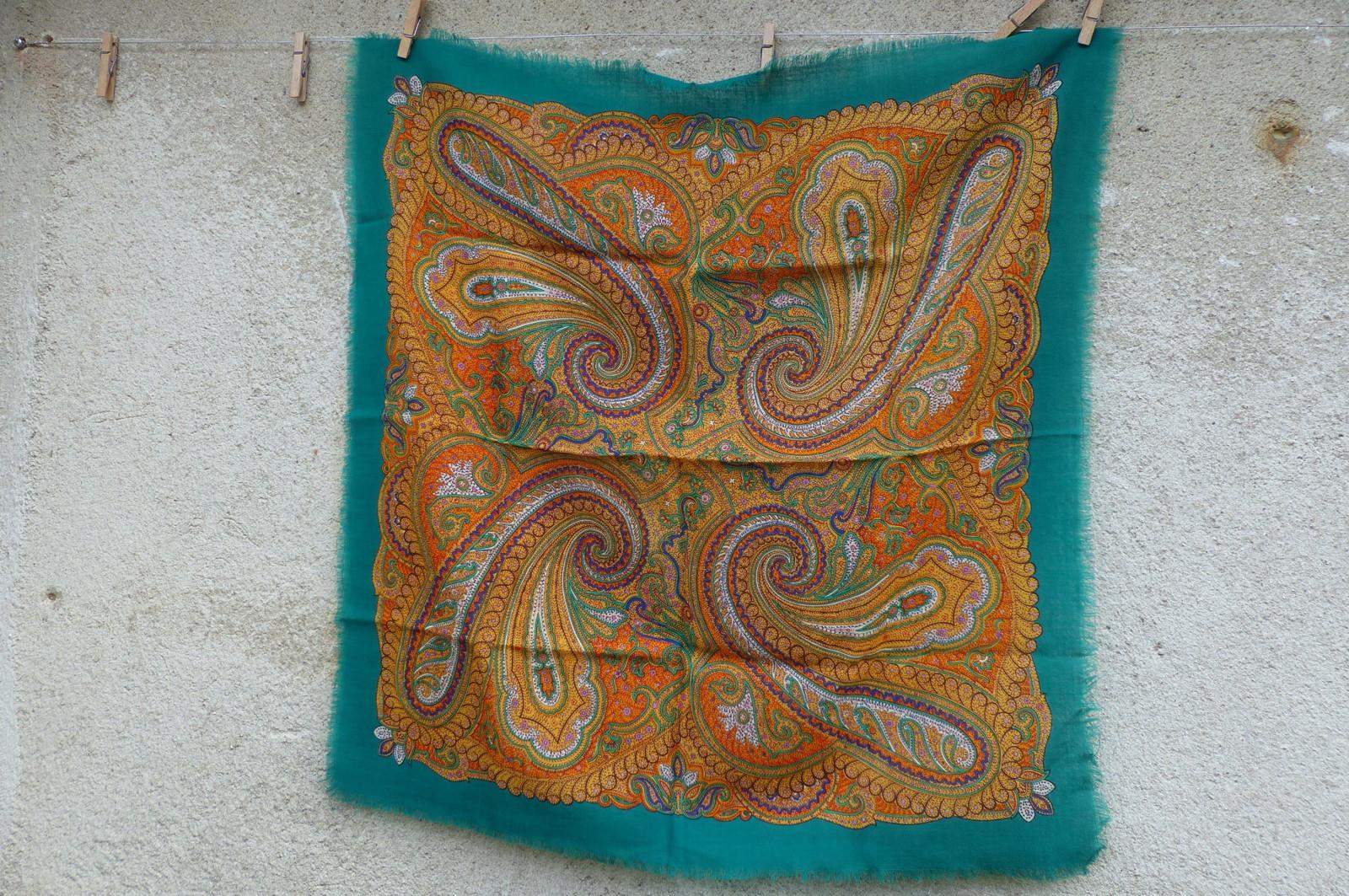 Kašmírově zelená...starý vlněný kašmírový šátek   Zboží prodejce ... ef8d7444f6