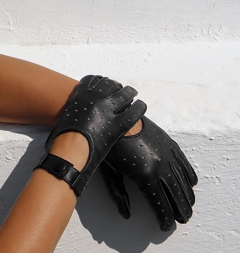 b906ae520ad Černé dámské kožené rukavice