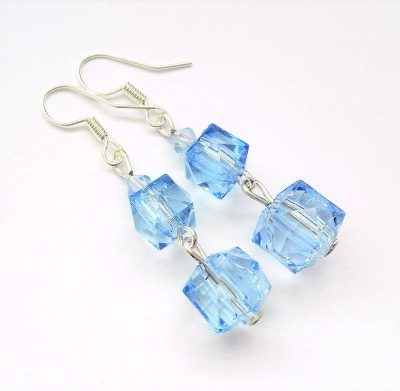 Modré kostky   Zboží prodejce olivenek  4cdc4f73cb4