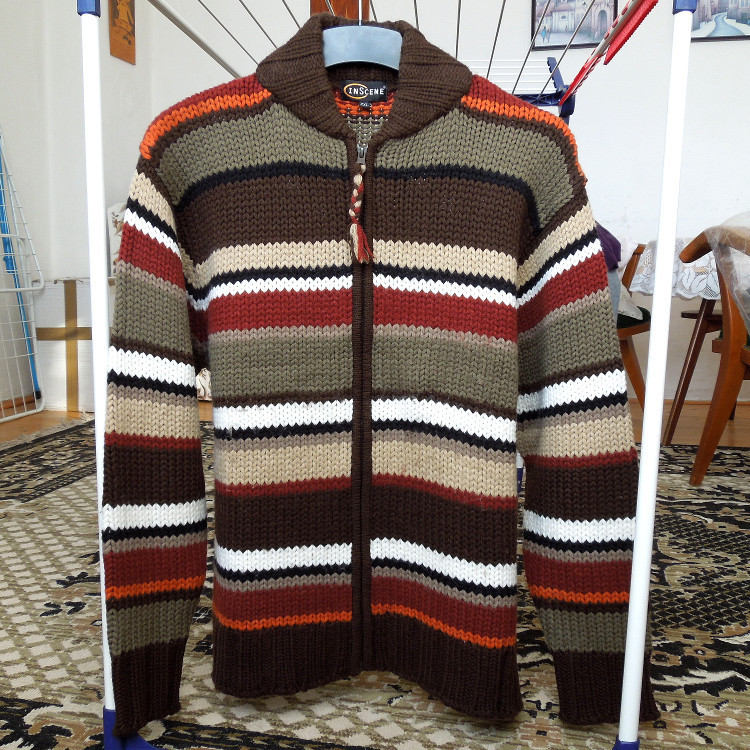 902ce41b7513 Vlněný (30%) svetr na zip