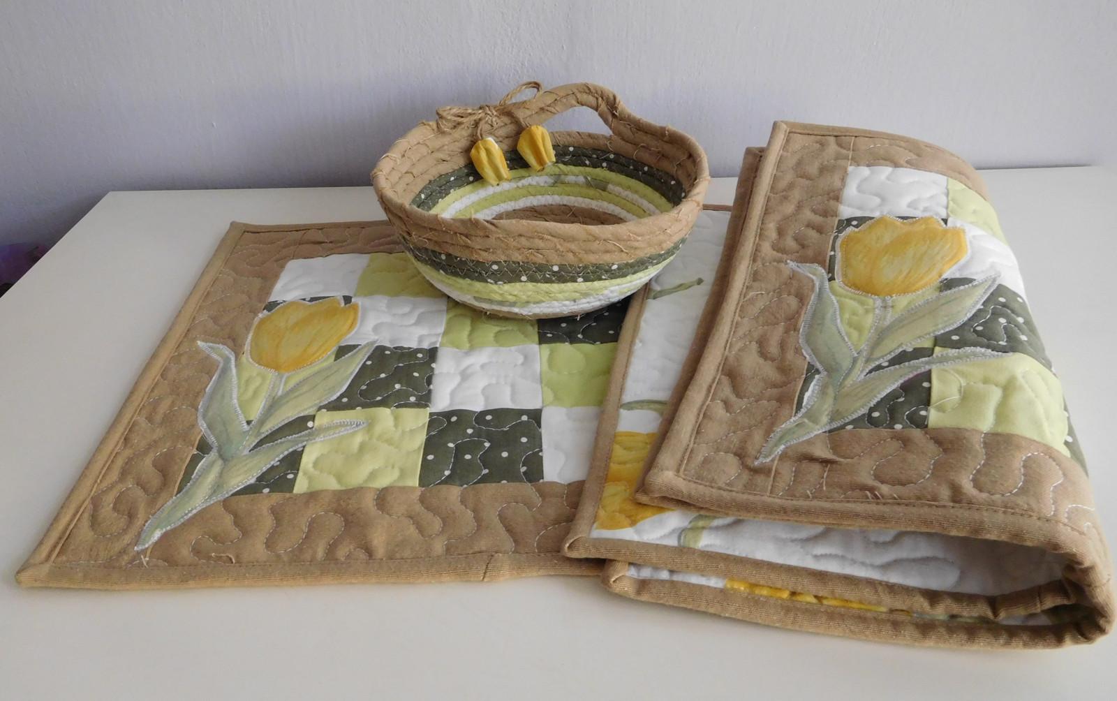 b83b5cfb5b5a Žlutý tulipán - prostírka   Zboží prodejce patchwork.mirka