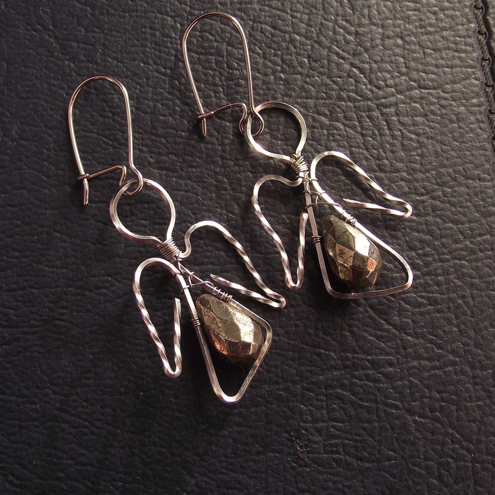 6e7f1ab5c38 Maličcí andílci zlatíčka - pyrit - náušnice   Zboží prodejce anatole ...