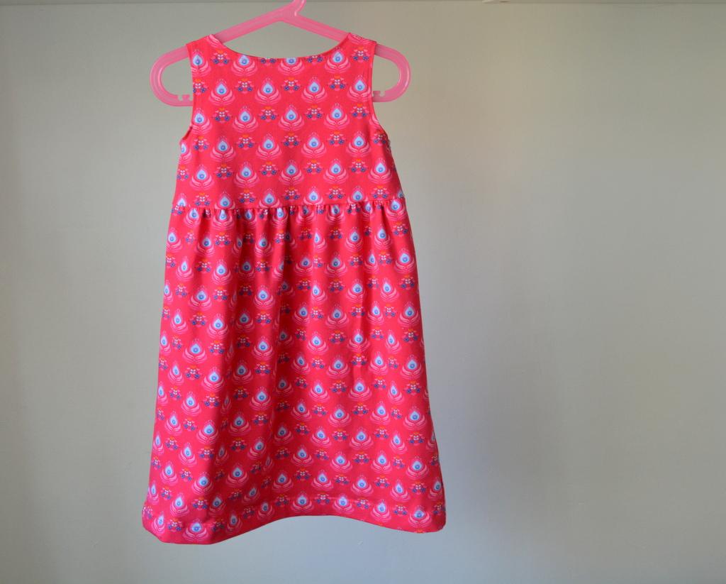 Růžové dívčí šaty s kytkami   Zboží prodejce Petrushe  51ad51fa3e