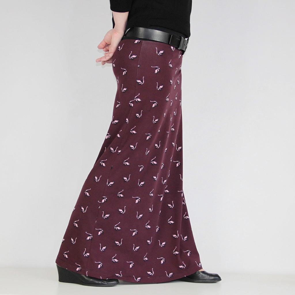 90844c83e47 Funny maxi sukně - LABUŤE (vel. M)   Zboží prodejce Režná Radka ...