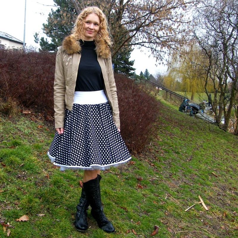 Černá puntíkovaná sukně - SKLADEM   Zboží prodejce Princezna ... e60a1a2be3
