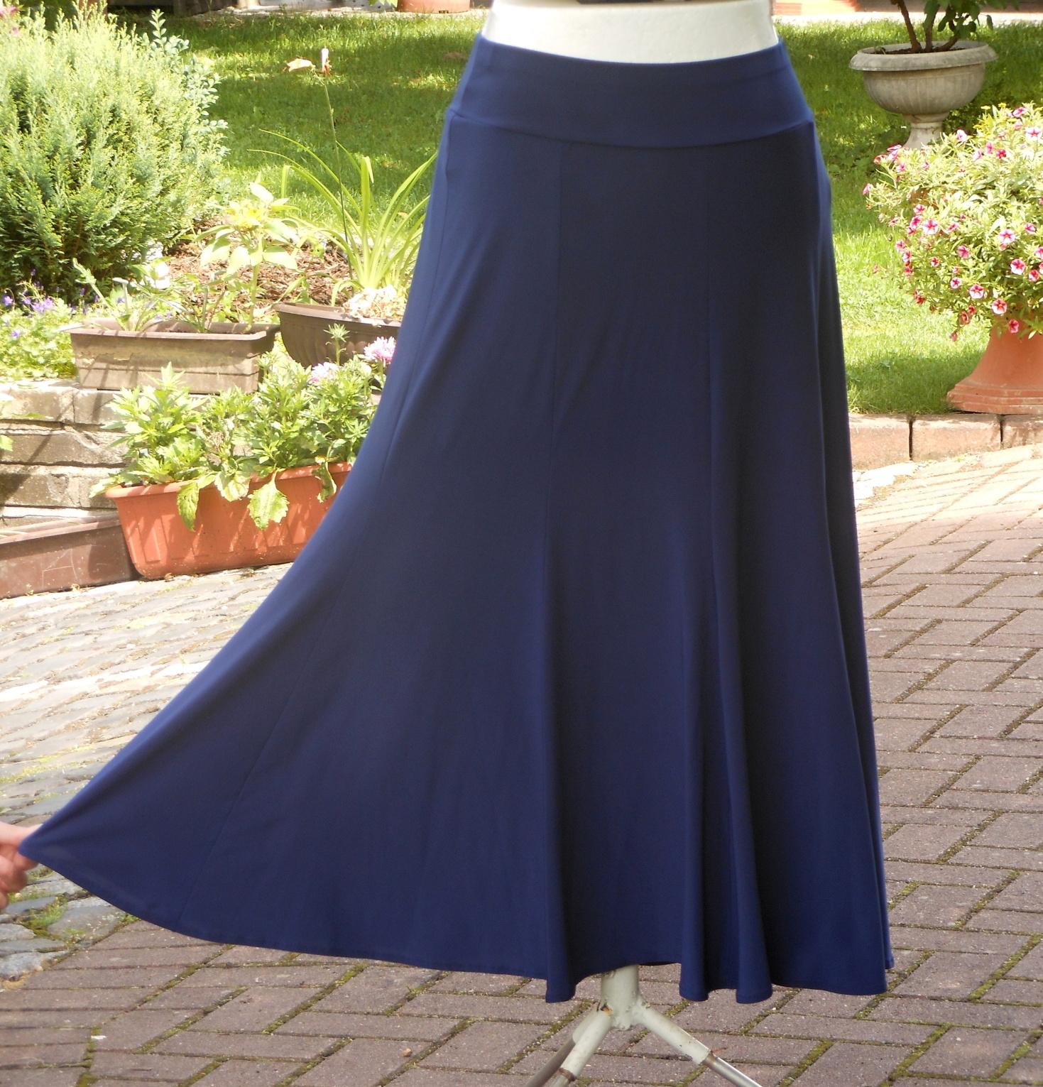 7d4f9166a814 dlouhá letní sukně -tmavě modrá   Zboží prodejce Helena 131