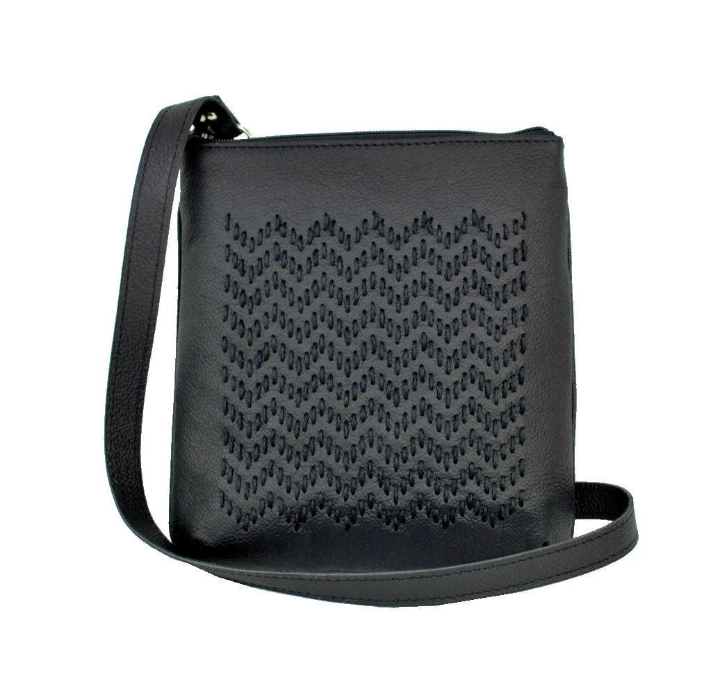Ručne vyšívaná kabelka z pravej kože 54dabf1d15e