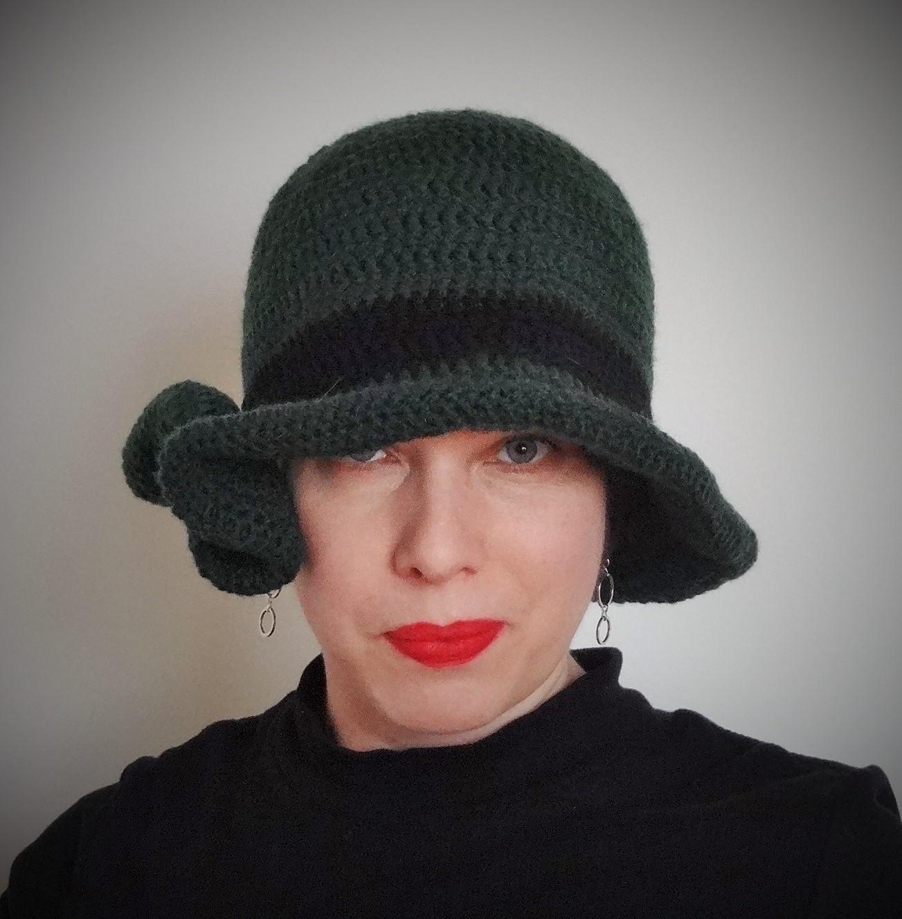 33e8f24d819 navzdory fotce smaragdový - háčkovaný klobouk   Zboží prodejce MiJe ...