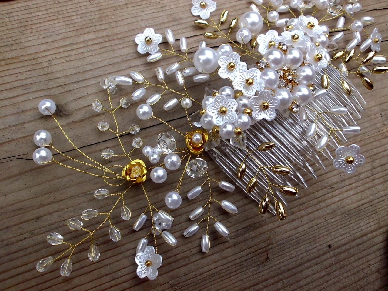 sněhobílý hřebínek do vlasů + zlatá   Zboží prodejce jaseta  958c178ed8