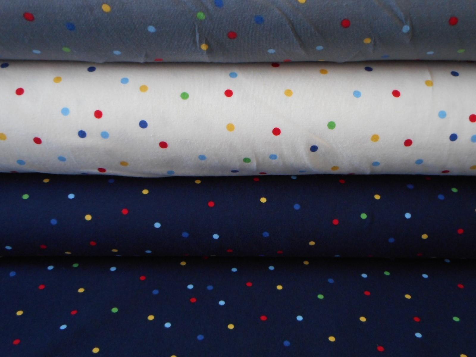 c9abf1a90df9 Úplet -barevné puntíky na tmavě modré   Zboží prodejce Kimi Hobby ...