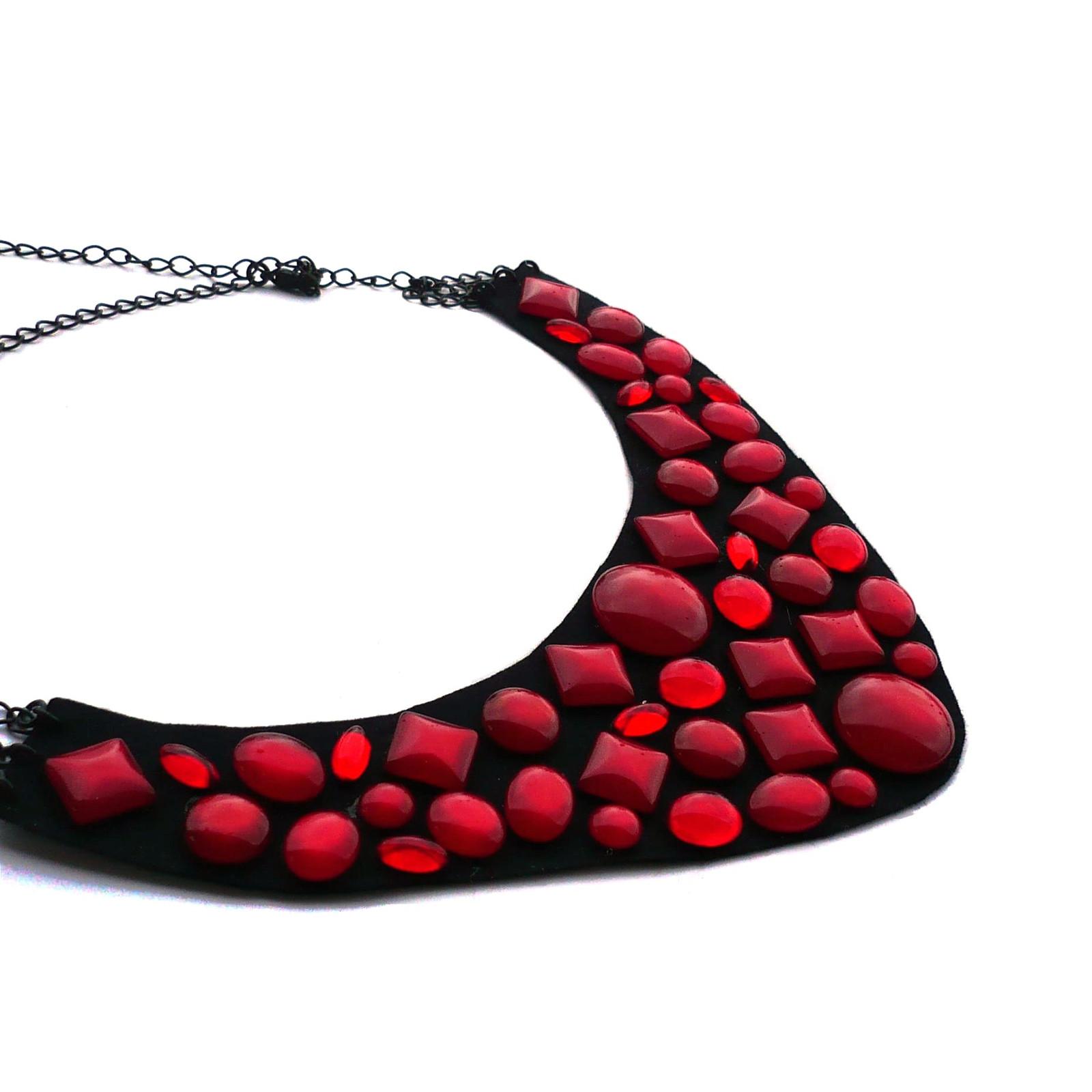 Tmavě červené kamínky - náhrdelník   Zboží prodejce kakafuna  d77d6201cf