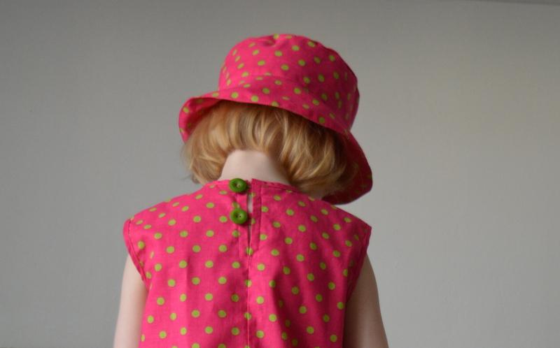 Malina a limetka - dívčí šaty a klobouček   Zboží prodejce Petrushe ... c394fa7e8d
