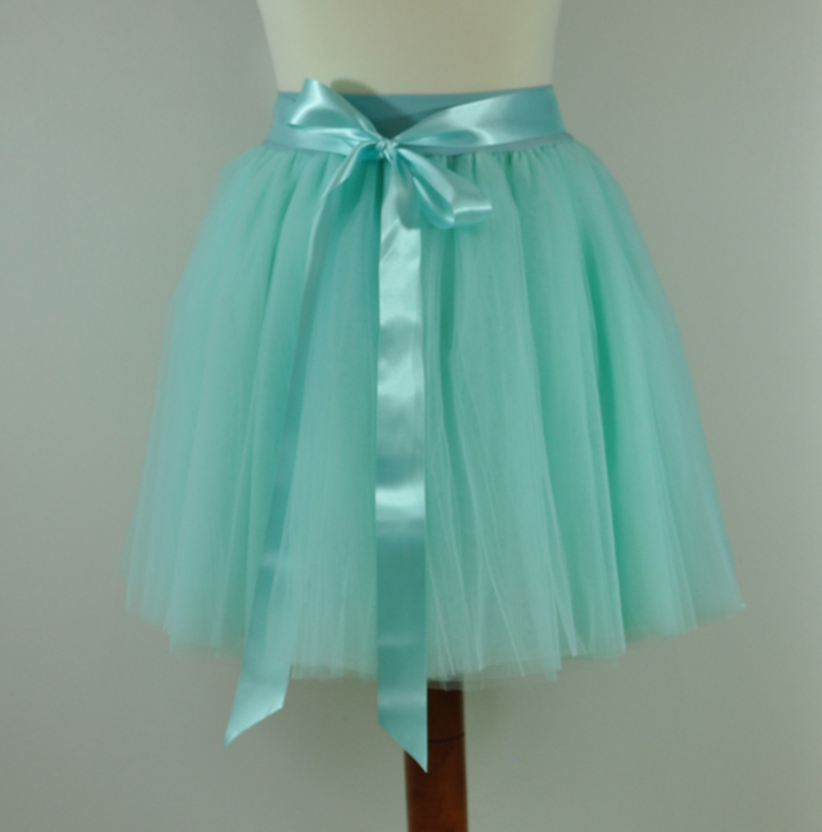 MINT - tylová sukně - 6 vrstev   Zboží prodejce Akromis  7cd184ffbd