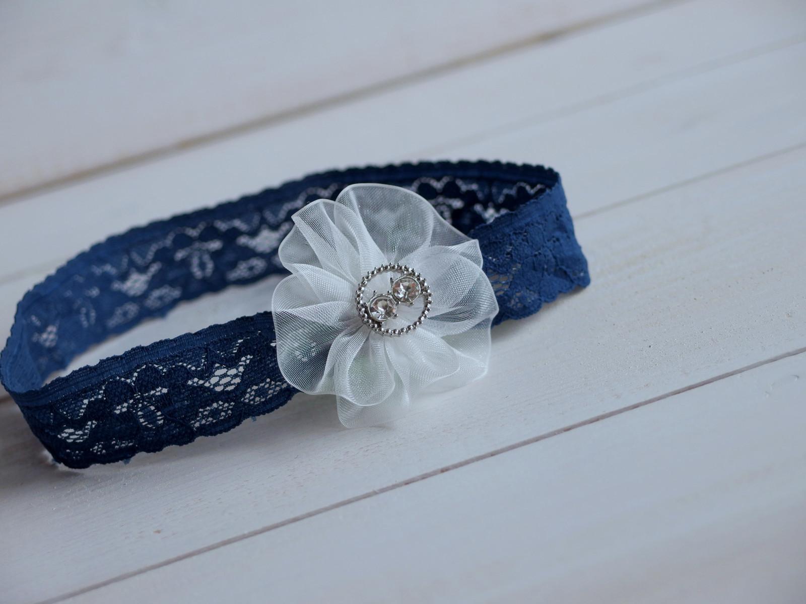 b8cdc9d4f0e Čelenka - tmavě modrá krajka s kytičkou a štrasem   Zboží prodejce ...