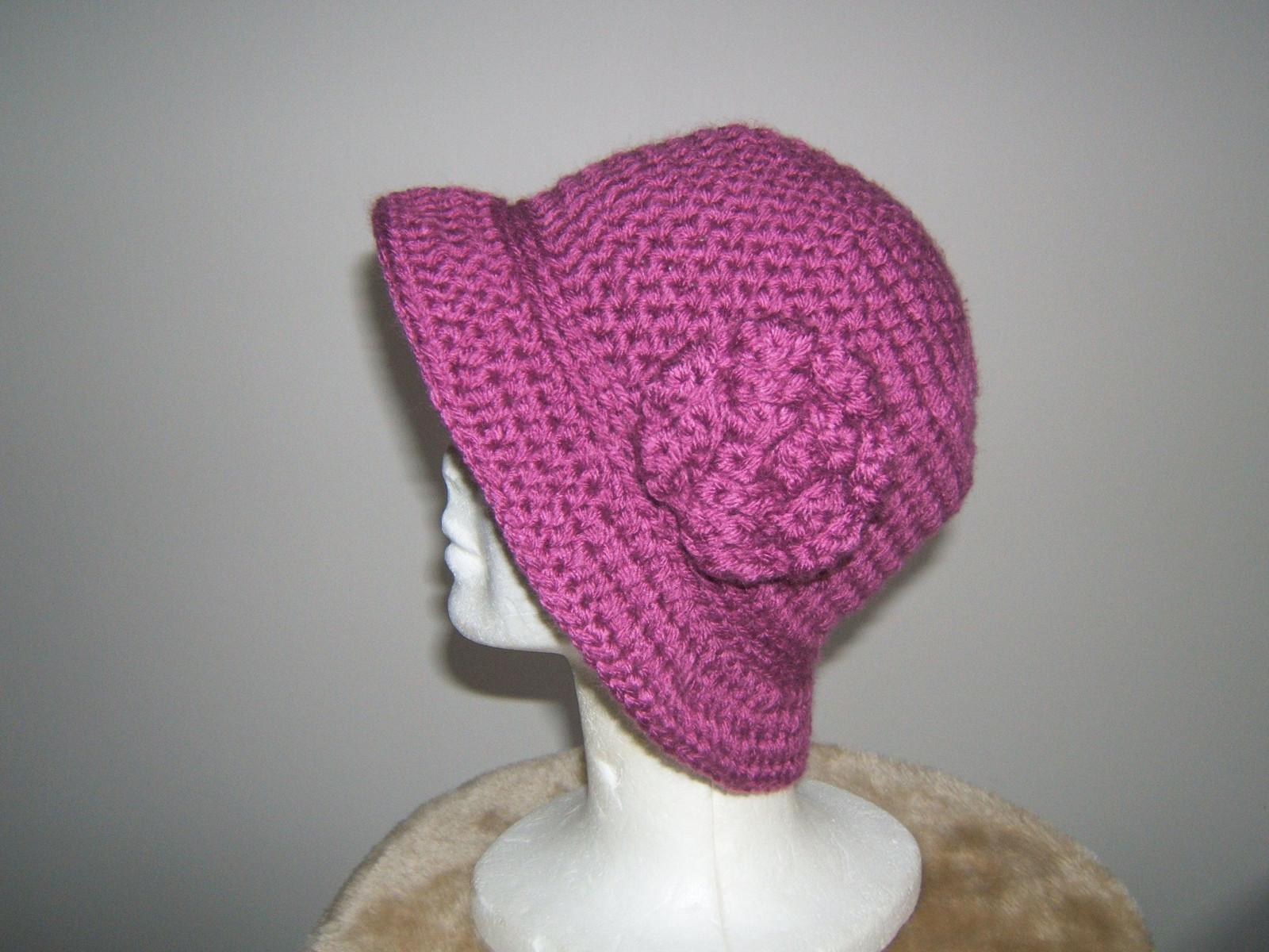 12c730f10a0 Dámský háčkovaný klobouk   Zboží prodejce Inika