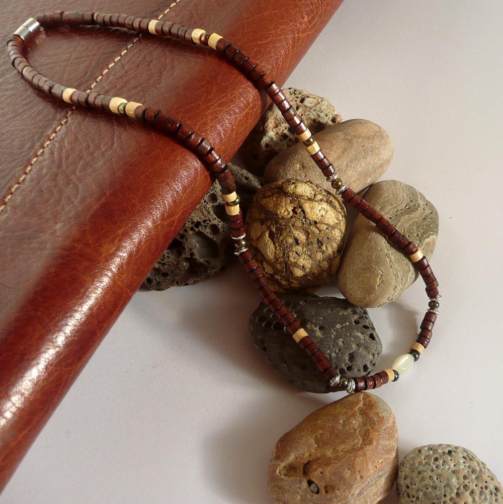 Pánský dřevěný náhrdelník MUSTANG   Zboží prodejce ALLMEN  a0673054591