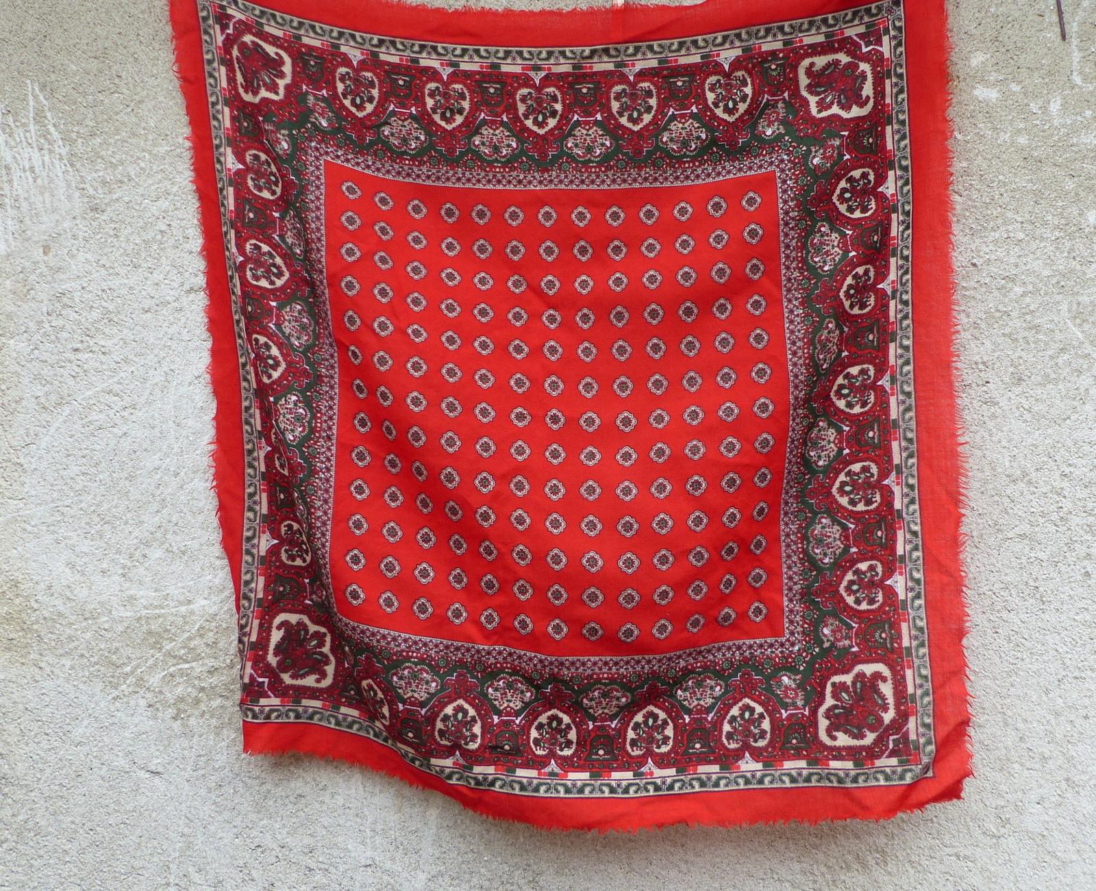 Červený...starý vlněný kašmírový šátek   Zboží prodejce letokruhy ... 20ae8085b5