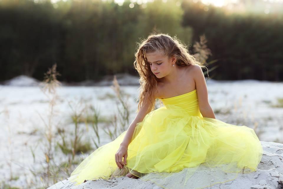 Princezna Pampeliška (tylové šaty) (délka sukně 80 cm)   Zboží prodejce  Debonaire  01cbf60378