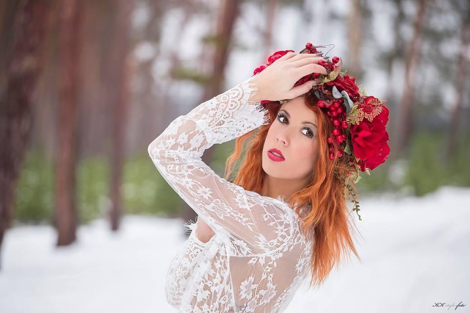 583160dcceb Parta do vlasů - Rudé růže   Zboží prodejce Holečkovic